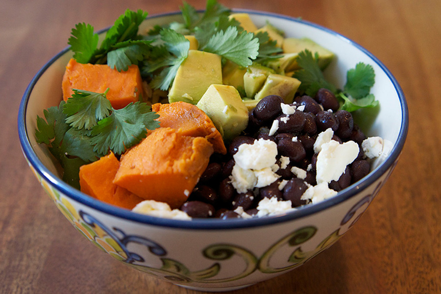 Picture of Black Bean Burrito Bowl from the recipe blog on the Healthy Eats Page of the San Francisco Scenic Fit outdoor fitness training groups website