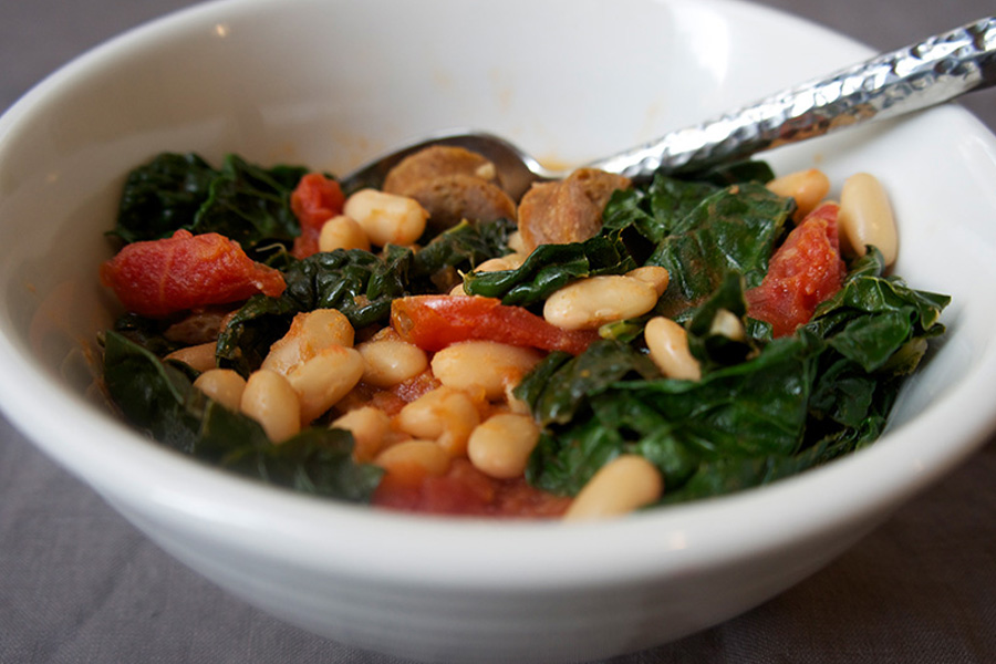 Picture of Fast White Bean Stew from the recipe blog on the Healthy Eats Page of the San Francisco Scenic Fit outdoor fitness training groups website