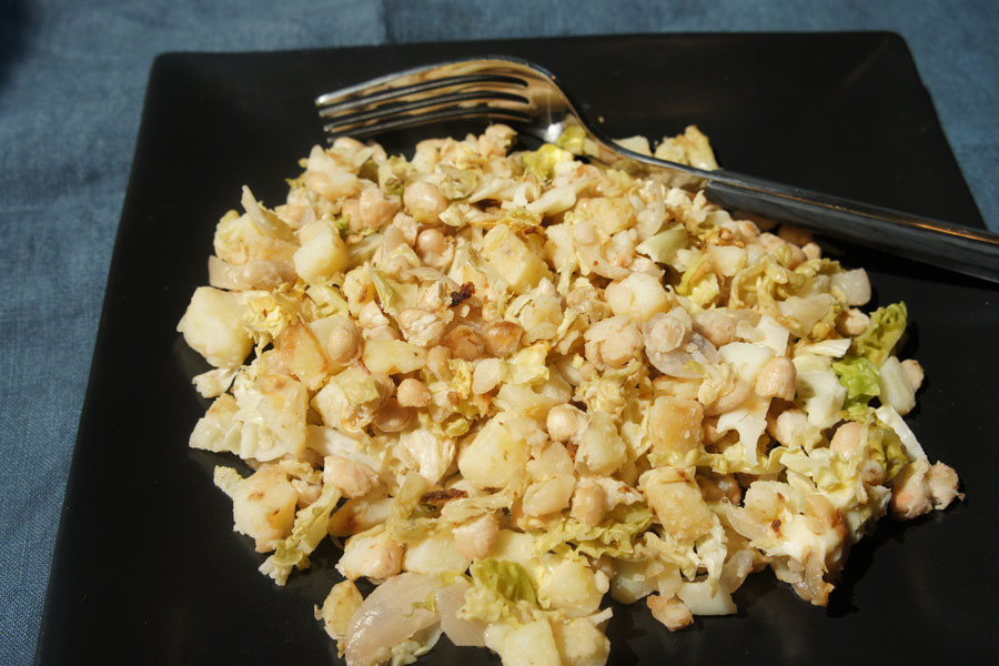 Picture of Cabbage with White Beans from the recipe blog on the Healthy Eats Page of the San Francisco Scenic Fit outdoor fitness training groups website